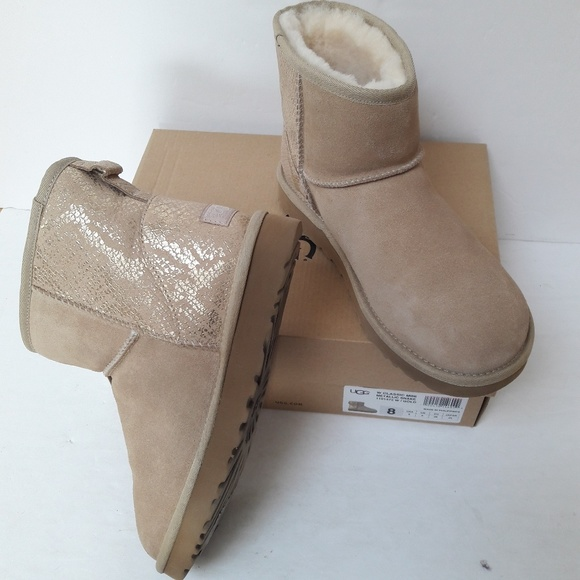 f71a7ae8f85 New UGG Boots Size 8 NWT